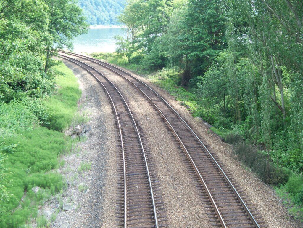 Choosing Roadbed & Rail